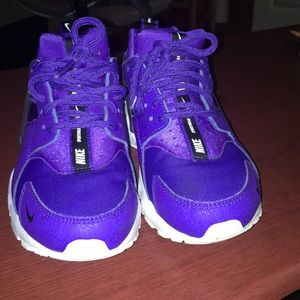 Nike cross trainers sports wear